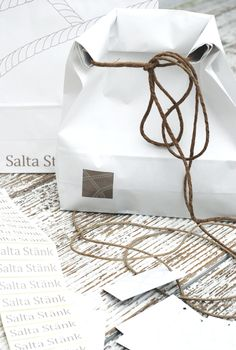 .read all pins of http://pinterest.com/Lewisiam/wrapping-packaging/  Japanese packaging