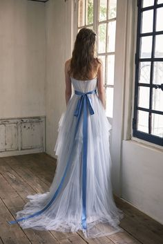 Cli'O mariage Wedding dress (JAPAN) open back カラードレス Formal Dresses, Wedding Dresses, Marie, Ball Gowns, Groom, Japan, Costumes, Wedding Ideas, Fashion