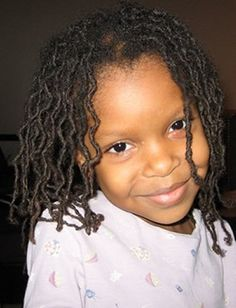kids with dreads ☯ ☮ ♥ Kids With Dreadlocks, Kids Dreads, Baby Dreads, Girls Natural Hairstyles, Dreadlock Hairstyles, Natural Hair Styles, Dreadlock Styles, Locs Styles, Beautiful Dreadlocks