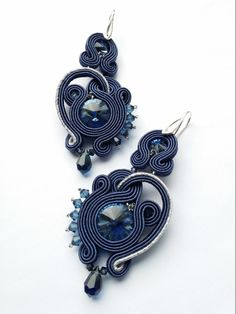 Charlize soutache earrings by Monnica by ByMonnica on Etsy Soutache Earrings, Ring Earrings, Jewelry Design, Unique Jewelry, Jewelry Patterns, Silk Ribbon, Shibori, Beaded Embroidery, Belly Button Rings