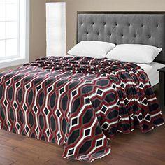 Ben&Jonah Designer Plush Queen LaurenMicro Fleece Jacquard Blanket -Black Geometric