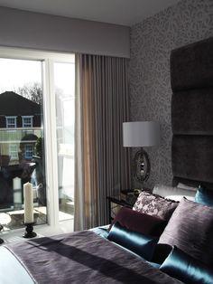Full Length Silk Curtain with Simple Paddeds Pelmet