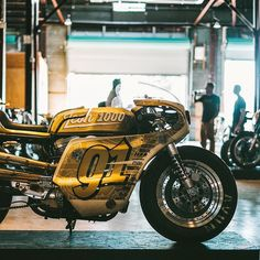 Icon Harley - love the fairing Iron Lung, Hd Sportster, Car Engine, Bike Design, Cool Bikes, Lunges, Milwaukee, Cars And Motorcycles, Harley Davidson