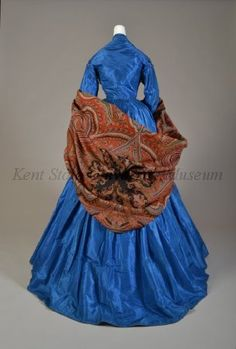 Blue taffeta afternoon dress with cashmere shawl, American, Collection of the Kent State University Museum, (dress) and (shawl) Photograph by Joanne Arnett, Civil War Fashion, 1800s Fashion, 19th Century Fashion, Victorian Fashion, Vintage Fashion, Historical Costume, Historical Clothing, Vintage Gowns, Vintage Outfits
