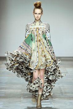 Mary Katrantzou | Fall 2012 Ready-to-Wear Collection | Vogue Runway