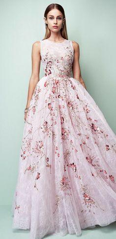 348 nejlepších obrázků z nástěnky Dlouhé šaty  a029c7e386d