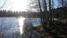 Lenkkarit jalkaan ja ulos nauttimaan auringosta ja raikkaasta ilmasta... ulkona on hyvä ajatella. #outside #myview #thinking #sun #may #finland #tampere