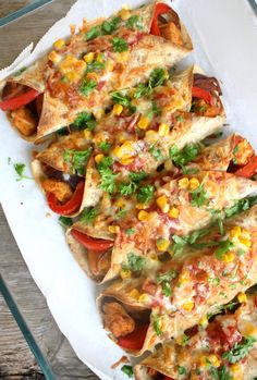 spicy kylling enchiladas - Godkjent for ukesmeny! Y Food, I Love Food, Good Food, Food And Drink, Food Porn, Enchiladas, Keto Recipes, Cooking Recipes, Norwegian Food