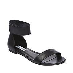 SUZIEQ BLACK  womens sandal flat ankle strap - Steve Madden