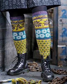 Ravelry: Signora Lina pattern by Tiina Kaarela Wool Socks, My Socks, Fair Isle Knitting, Knitting Socks, Crochet Slippers, Knit Crochet, Men In Heels, Boot Cuffs, Knitting Accessories
