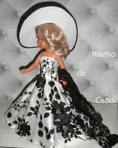 Infanta Margarita, Couture, Templates, Carnival, Lace Shawls, Communion Dresses, Chic Outfits, Ornaments, Swag Boys