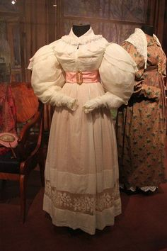 Muslin dress with lace incertion, Russia, 1825. From the collection of Alexander Vasiliev. Photo by Olga Mamaeva