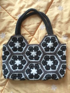 White Black and Grey African flower crochet bag