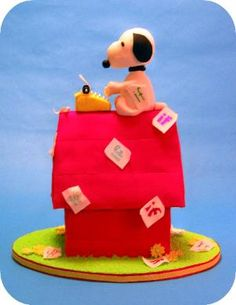 So cute! Dahlia's custom cakes did a great job with this Snoopy cake.   This one is for my dad!!!!!!