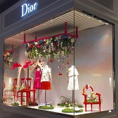 This Dior Kids window display brightens up our day. Hope it does for everyone. Shop Interior Design, Retail Design, Store Design, Window Display Design, Store Window Displays, Visual Merchandising Displays, Visual Display, Retail Windows, Store Windows