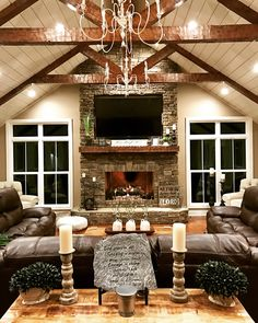 42 farmhouse living room design and decor ideas for your house 35 aacmm 42 farmhouse living room design and decor ideas for your house 35 aacmm Kiss Home homikiss Farmhouse Decor 42 nbsp hellip Living Room layout Living Room Interior, Home Living Room, Living Room Designs, Rustic Living Rooms, Living Room Fireplace, Diy Interior, Kitchen Living, Apartment Living, Country Living