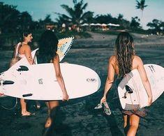 #girls #friends #friendship #cute #pretty #pastel #vintage #surf #summer