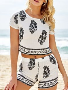SHARE & Get it FREE | Short Sleeve Crop Top And Leaf Print Shorts Suit - WhiteFor Fashion Lovers only:80,000+ Items • New Arrivals Daily Join Zaful: Get YOUR $50 NOW!