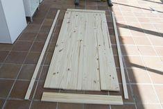 Oro y Menta: Como hacer una mesa de comedor de exterior DIY Tile Floor, Flooring, Texture, Crafts, Exterior, Garden, Diy Projects, Dining Table, Mesas