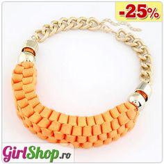 Colier sireturi impletite Azi cu 25% reducere! Vezi mai multe poze aici: http://www.girlshop.ro/cumpara/colier-sireturi-impletite-96