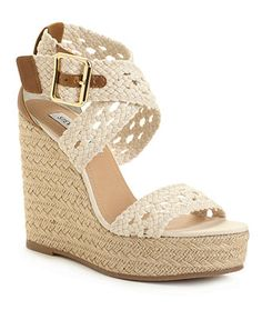 I think of sunny days when I see these wedges!  Love wedges all Spring and Summer long. :D