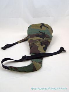 Crossbag von der farbenfix Taschenspieler 2 CD in Camouflage Fused Plastic, Camouflage, Fabric Bags, Designer Backpacks, Flip Flops, Hand Weaving, Sandals, Sewing Ideas, Hats