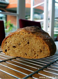 Italienisches Brot mit Hartweizenmehl, Altbrot und kalter Führung