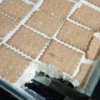 Πανεύκολο παγωτό σάντουιτς Desserts, Food, Tailgate Desserts, Deserts, Meals, Dessert, Yemek, Eten, Food Deserts