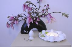 cz: Easter decoration I - Easter with magnolia Magnolia, Easter, Decoration, Home Decor, Decor, Decoration Home, Room Decor, Magnolias, Dekoration