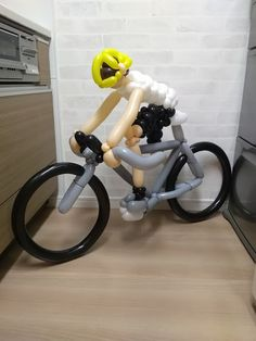 BicycleFriends.com: Ballon Art