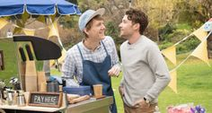 Please Like Me (Australia) | 26 International TV Shows Worth Watching
