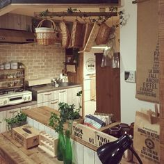 nicoco.さんの、賃貸,連投すみません,Kitchen,のお部屋写真 Diy Kitchen, Kitchen Decor, Cafe Interior, Interior Design, Bakery Display, Japanese House, Small House Plans, House Rooms, Diy Design