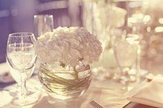 Centro de mesa con hortensias