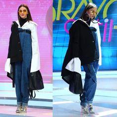"3,821 aprecieri, 37 comentarii - Bravo, ai stil! (@bravoaistil) pe Instagram: ""Camasa cu manecile supradimensionate si perechea de pantaloni ridicata peste sani i-au asigurat…"" Instagram"