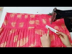 Very beautiful and stylish sleeves design with underground piping - YouTube Churidar Neck Designs, Sari Blouse Designs, Blouse Neck Designs, Sleeve Designs, Chudidhar Designs, Patiyala Dress, Salwar Pattern, Sewing Blouses, Sewing Shorts