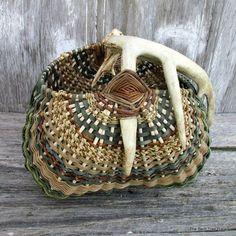 Antler Basket with Real Deer Antler by by TheBentTreeGallery: Deer Antler Crafts, Deer Antlers, Weaving Art, Hand Weaving, Pine Needle Crafts, Palm Frond Art, Basket Weaving Patterns, Old Baskets, Pine Needle Baskets