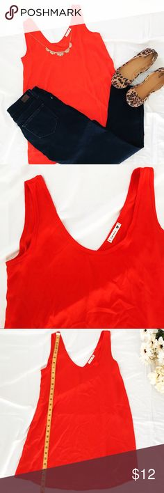 Soprano Loose Fit Sleeveless Blouse Poppy Red Soprano Loose Fit Sleeveless Blouse Poppy Red - Color is bright Orange/Red - Size Small - Loose fit, flowy blouse Soprano Tops Blouses