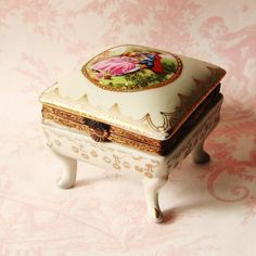 RESERVED++Vintage+1950s+Victorian+Trinket+Box+by+NevermoreVintage