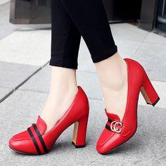 Punk Mujeres Bombas Tacones Altos Zapatos de Vestir Para Mujer Rojo Negro  Grande tamaño de ea2648d00f0b