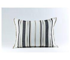 110 Pillows That Pop Ideas Pillows Decorative Pillows Throw Pillows
