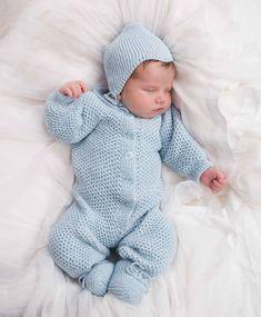 Dragt, Hue og Sokker by Viking Design - Mdr. Crochet For Boys, Knitting For Kids, Baby Knitting Patterns, Baby Patterns, Baby Boy Outfits, Kids Outfits, Viking Designs, Baby Barn, Beautiful Babies