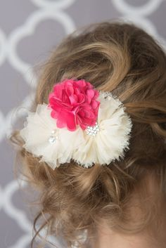Flower Clip * La Bella Rose Boutique - girl's hairstyles, girls hair bow, headbands for baby, baby girl clothes, flower girl hair, picture day hair.