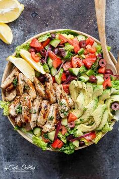 Grilled Lemon Herb Mediterranean Chicken Salad with a dressing that doubles as a marinade! This Grilled Lemon Herb Mediterranean Chicken Salad recipe is as close to perfect as you can get! Full of Mediterranean flavours: olives, tomatoes, Mediterranean Chicken Salad Recipe, Mediterranean Diet Recipes, Chicken Salad Recipes, Healthy Salads, Healthy Eating, Healthy Recipes, Grilled Recipes, Delicious Recipes, Keto Recipes