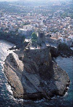 Castello di Acicastello (Sicilia)