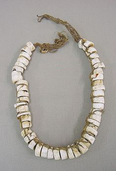 Necklace, Sepik, Shell, knotted cord,