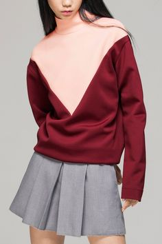 High neck sweatshirt in colour block - FrontRowShop