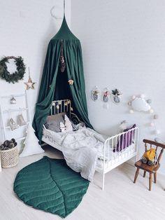 Best Baby Shower Gifts, Cozy Corner, Cozy Living Rooms, My New Room, Kid Beds, Linen Bedding, Bedding Sets, Bed Linens, Kids Bedroom