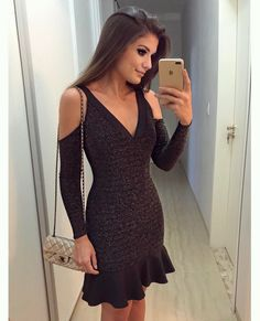 {Friday ✨} De lurex by @the_dresscode_ Apaixonada ♥️A loja envia para todo Brasil meninas! E tem muuuuita coisa linda • #ootn #selfie #lookdanoite #lookofthenight #blogtrendalert