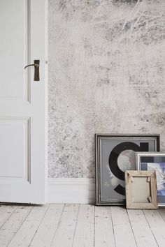 Love the rough and ready look? This render wallpaper mural is a stunning alternative to plain walls, adding character to forgotten about walls. Its versatility means you can style it in many ways, we think it works fantastically with industrial decor.
