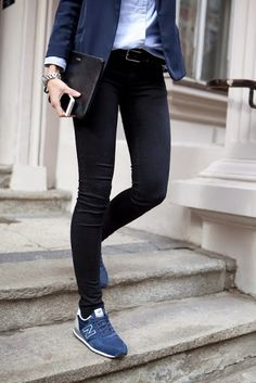 ★ ★ ★ ★ four stars (navy blazer, black skinny jeans, navy sneakers, light wash chambray, black belt)